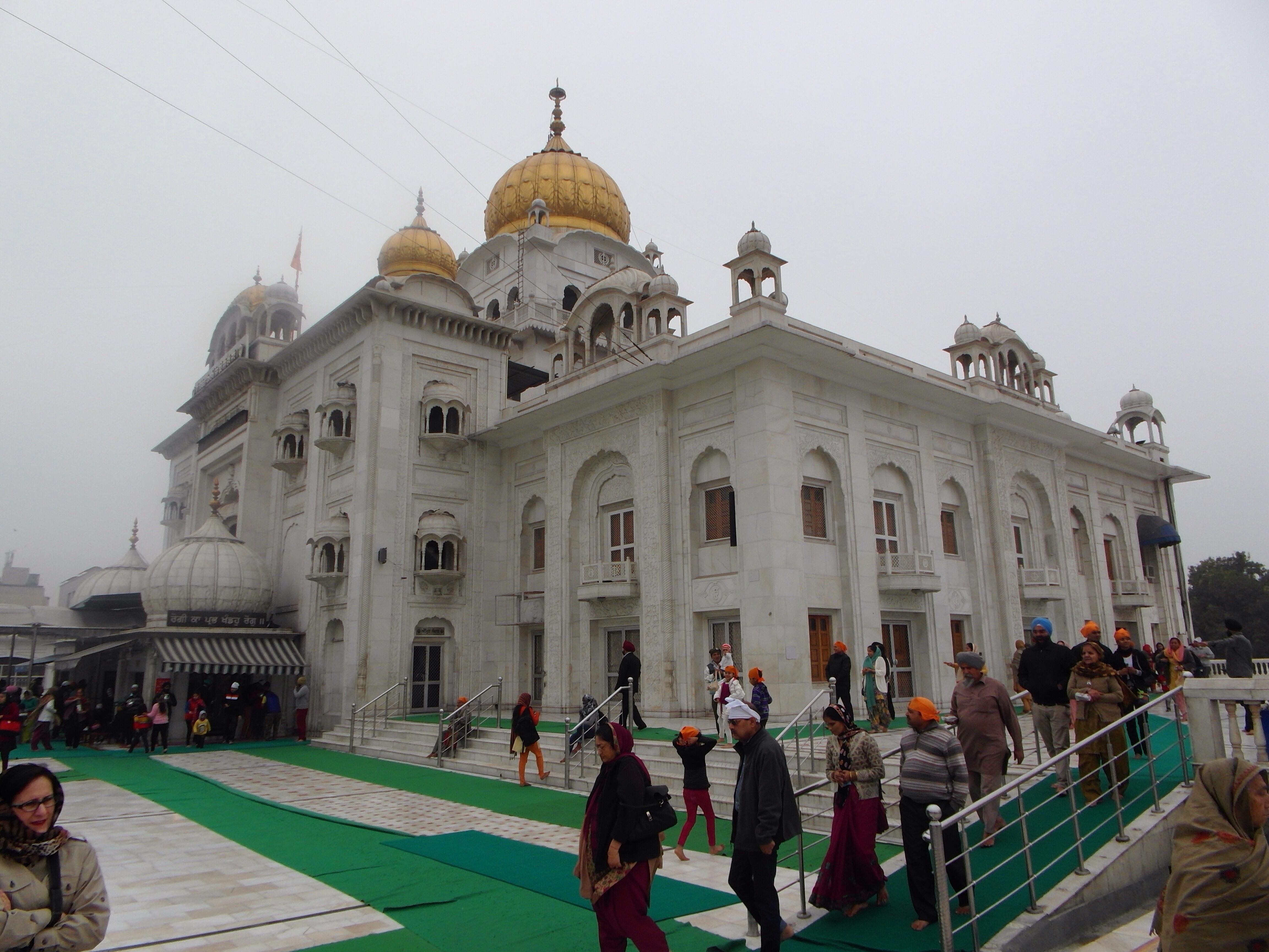 Sikhs : Gurdware Bangla Sahib in New Delhi, India